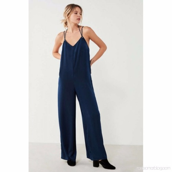 93fc047fb91 Silky Navy Blue Overall Jumpsuit Strappy Tie Back.  M 5a8888ed9a945555abd26176